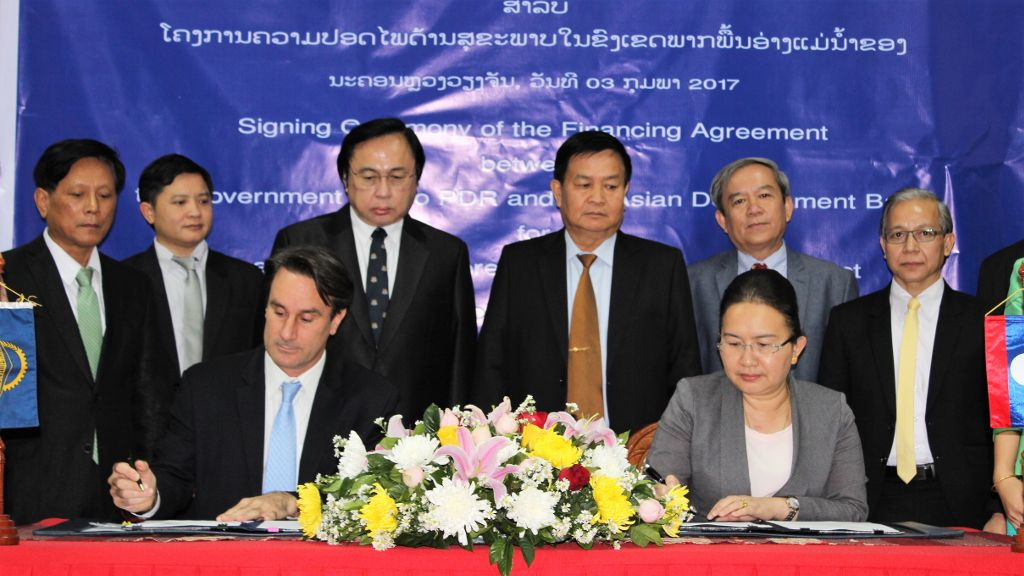 ADB Lao PDR Resident Mission OIC Steven Schipani and Vice Minister of Finance Thipphakone Chanthavongsa signed the loan and grant agreement in a ceremony in Vientiane.