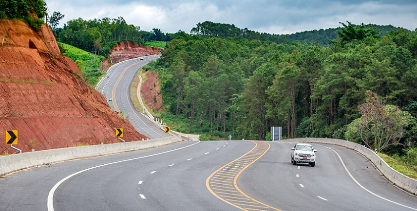 The economic corridors of the Greater Mekong Subregion are not just roads or highways, but they encompass a variety of economic activities that run parallel to main transport routes.